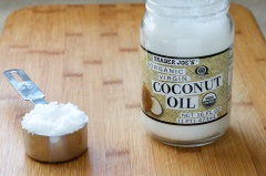 coconut oil jar spoon trader joes