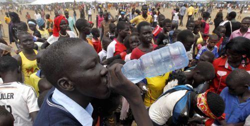 water-bottle-refugee-africa-sudan.jpg